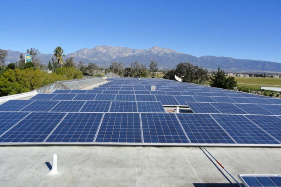 Rooftop solar panel installation for business